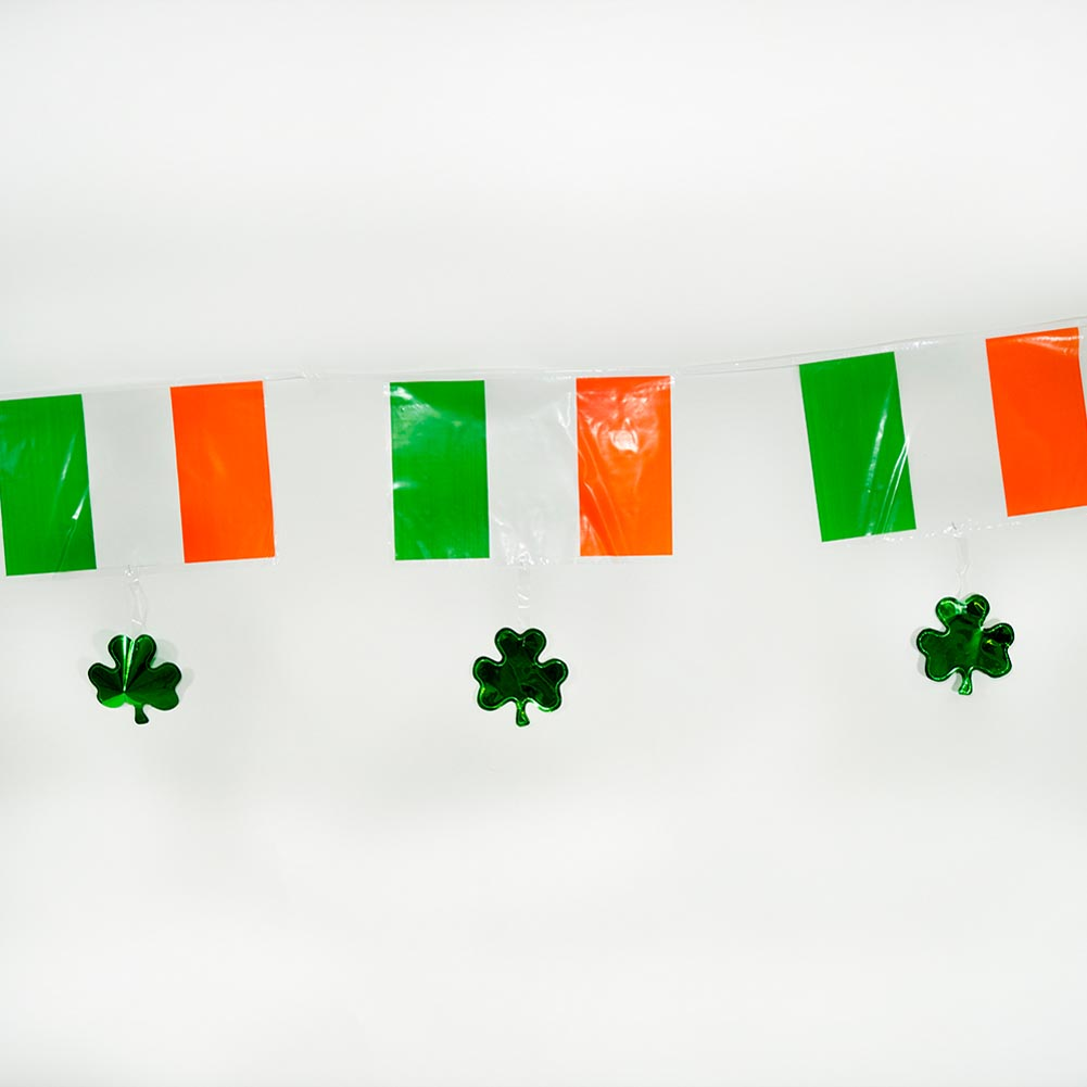 Irish Flag & Shamrock Banner